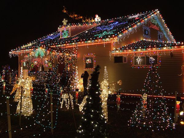 Awesome outdoor christmas lights house decorating outside light also decorations pictures photos of wreaths rh pinterest