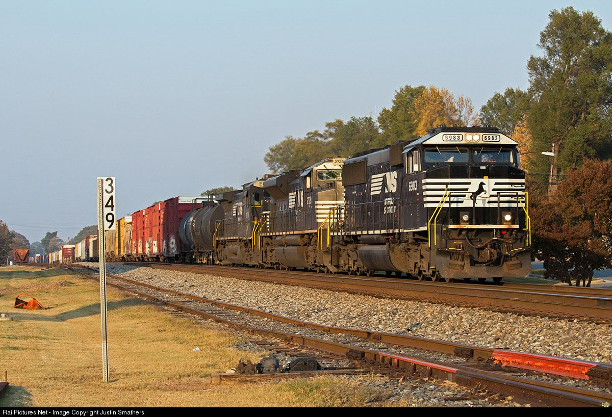 Railpictures Net Photo Ns 6983 Norfolk Southern Emd Sd60e At