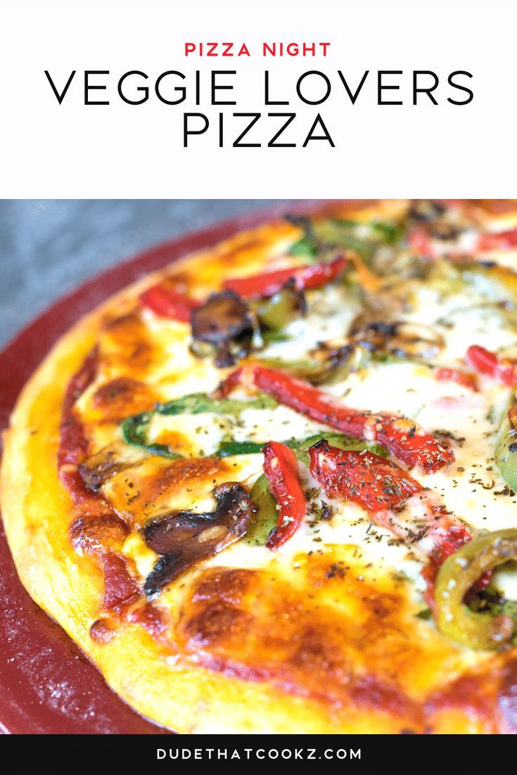 Pepper Veggie Pizza This Veggie Lovers Pizza is really easy to make. I didn't want to over due it with a lot of different vegetables, so I kept it simple with red and green peppers, spinach and mushrooms. Feel free to add as much or as little as you like! via @dudethatcookz