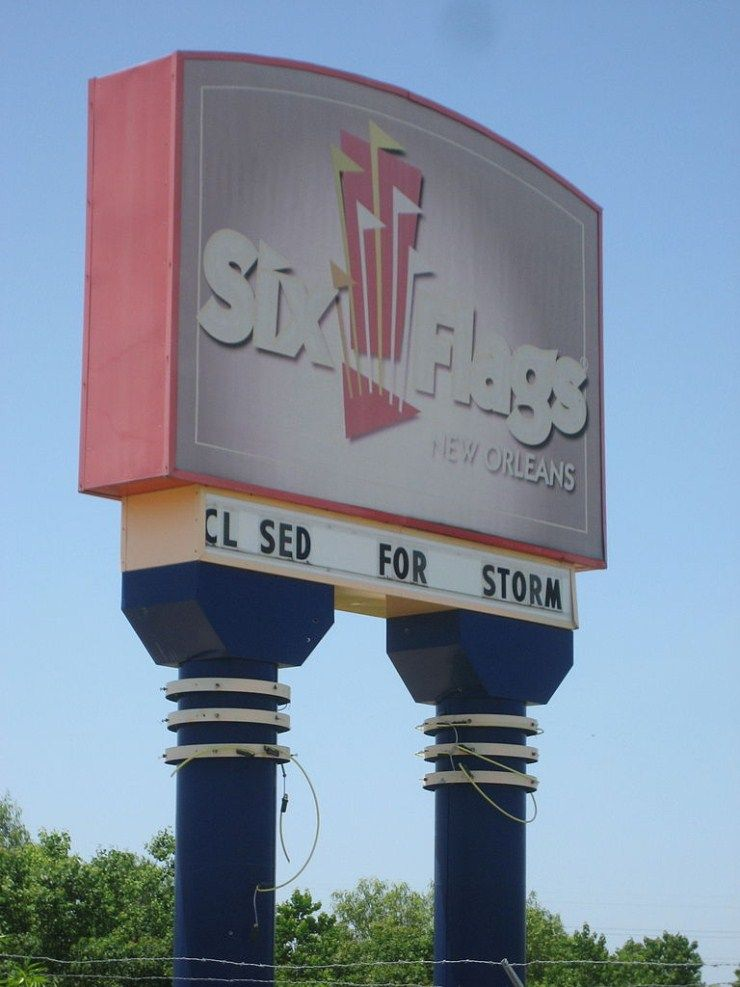 Six Flags Abandoned Amusement Park in New Orleans – Used in Percy Jackson: Sea of Monsters – Abandoned Playgrounds