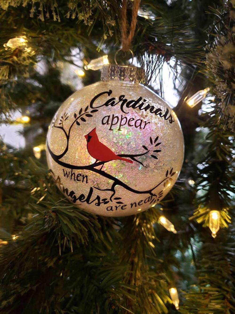 Christmas Cardinal Ornament Etsy In 2020 Cardinal Ornaments Christmas Cardinals Ornaments