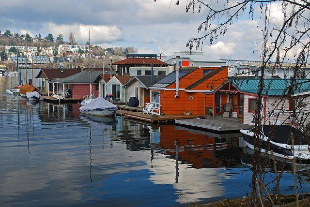 Houseboats Of Lake Union Seattle Homes Floating House Lake Union