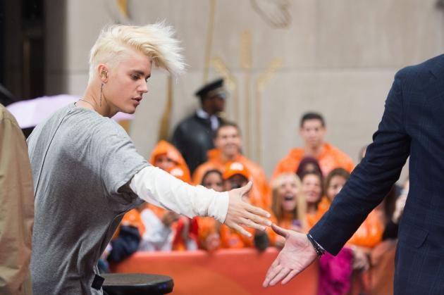 Justin Bieber performs on the 'Today Show' - Photos - UPI.com