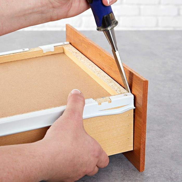 Replacing/building doors/drawersy -- Remove the drawer ...