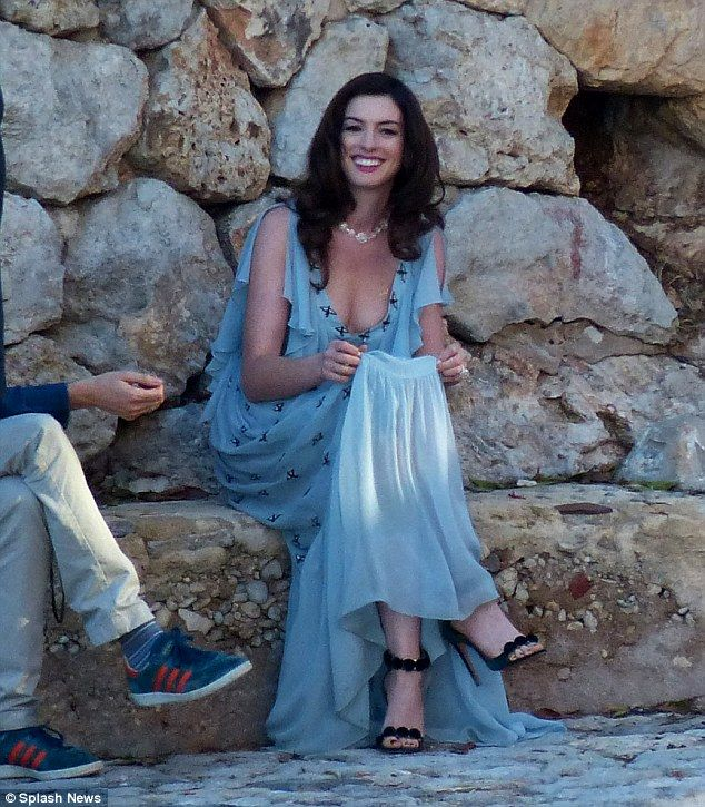 Anne Hathaway Looks Incredible In Blue Gown While Filming