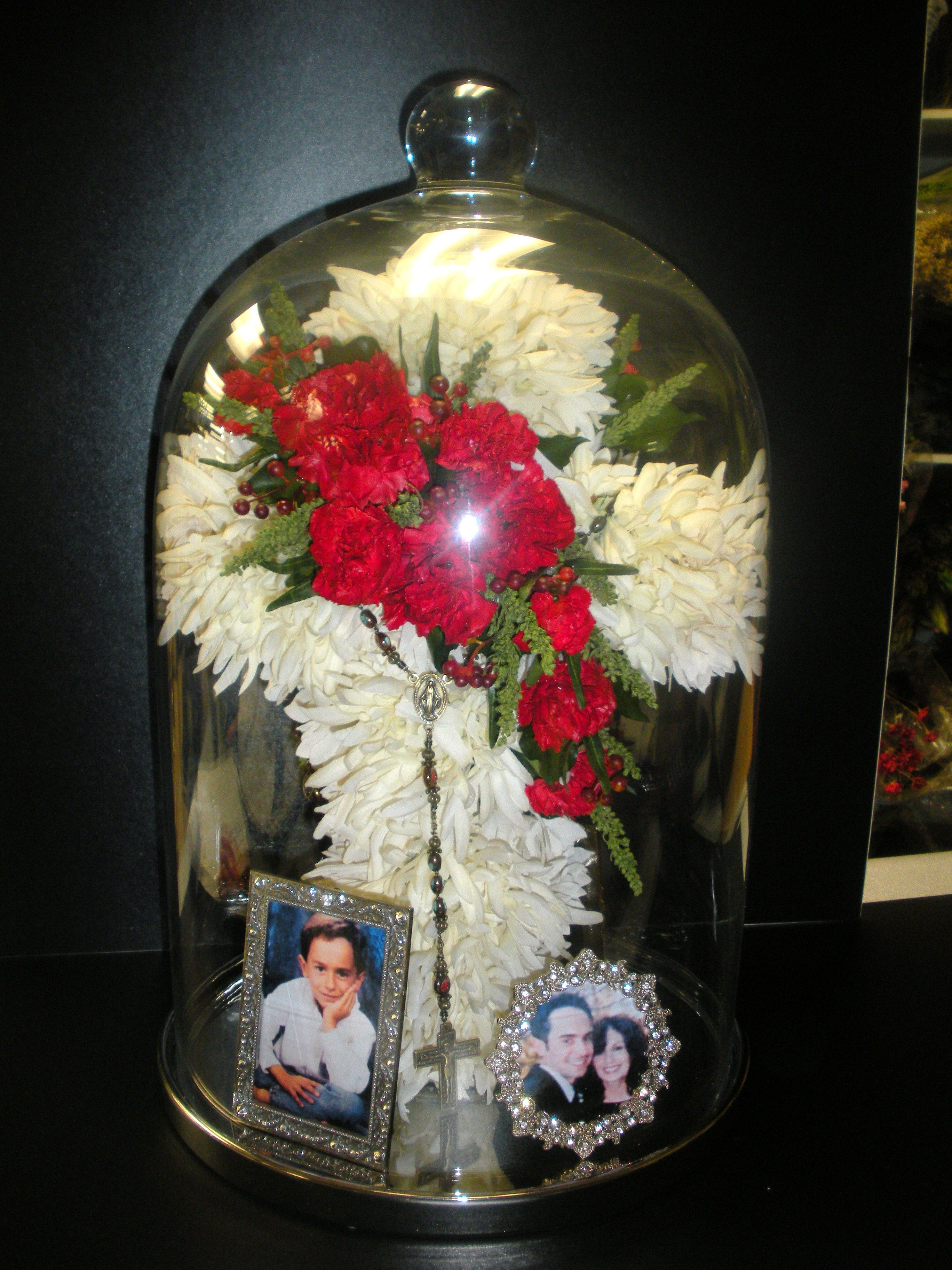Preserved cross with rosary and photos in a glass cloche httpwww preserved cross with rosary and photos in a glass cloche httpwww izmirmasajfo