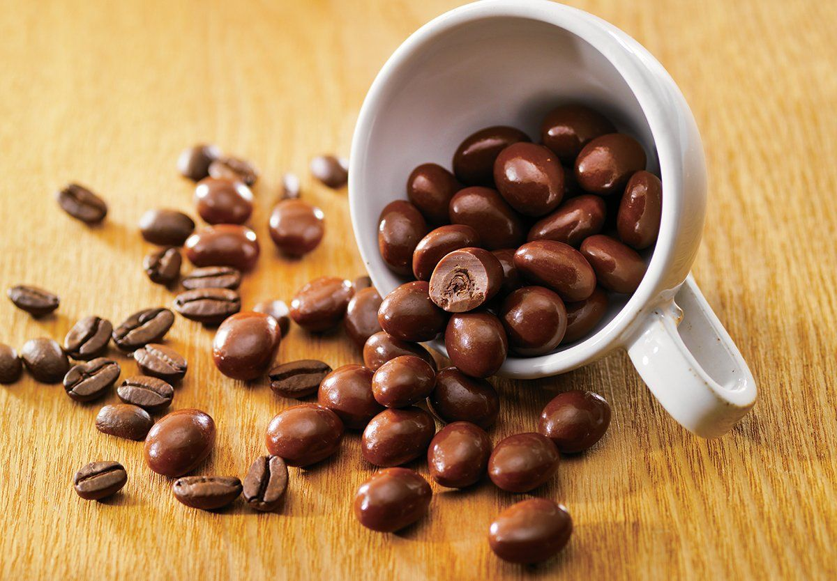 Coffee Beans Chocolate In 2020 Coffee Flavor Coffee Beans Photography Beans