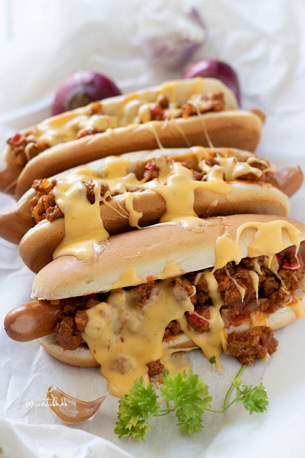 Hot Dog mit Hackfleisch und Käsesauce #gezonderecepten