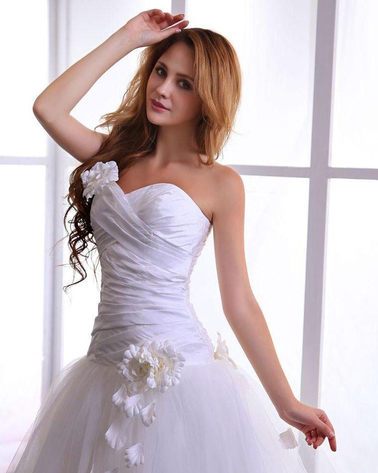 1915798dfb2 Taffeta Tulle Flowers Bridal Ball Gown Wedding Dress Sweetheart Neckline Ball  Gown