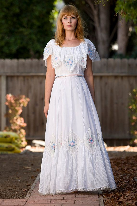 1960\'s Embroidered Mexican Wedding Dress | Mexicans, Wedding dress ...