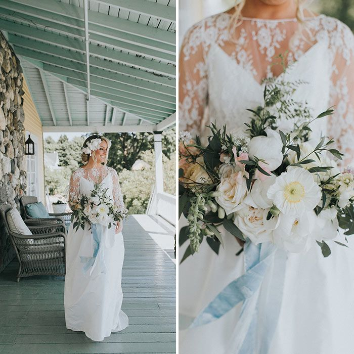 This Charming Coastal Maine Wedding Exudes Natural Beauty Wilkie Maine Wedding Wedding Flowers Bridal Bouquets Summer Wedding Outdoor