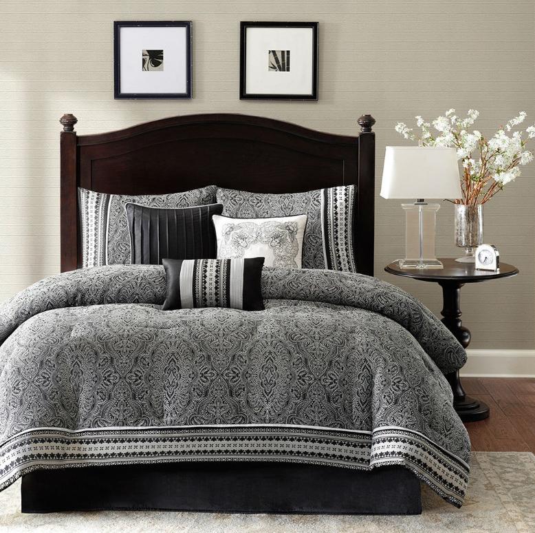 California King size 7Piece Comforter Set in Black White