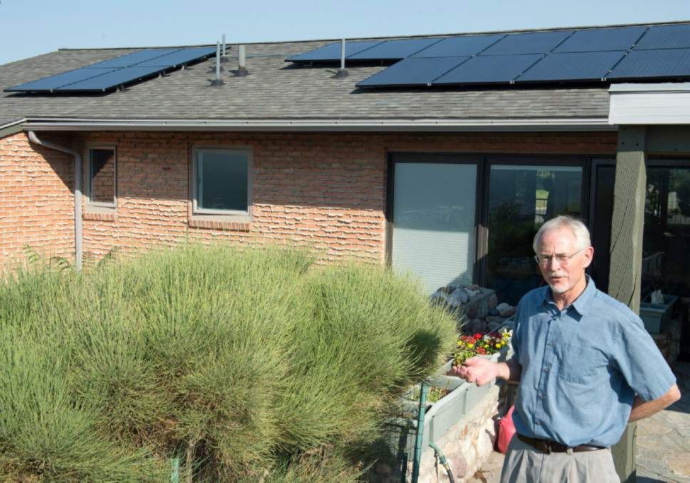 Utah Homeowner Associations May Be Forced To Allow Solar Panels Homeowner Solar Panels Homeowners Association
