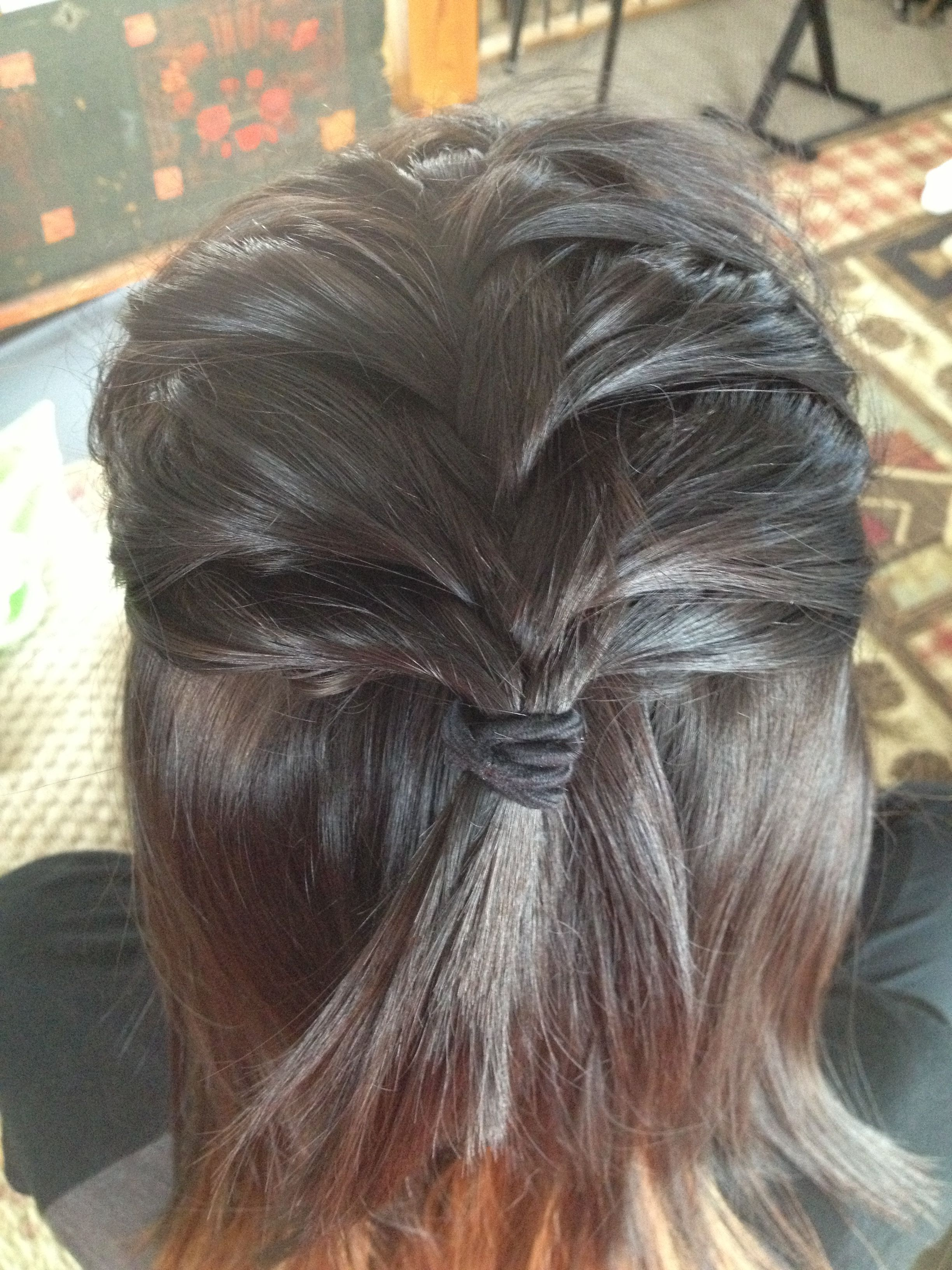 Cute hairstyle for short hair its hair mania pinterest short