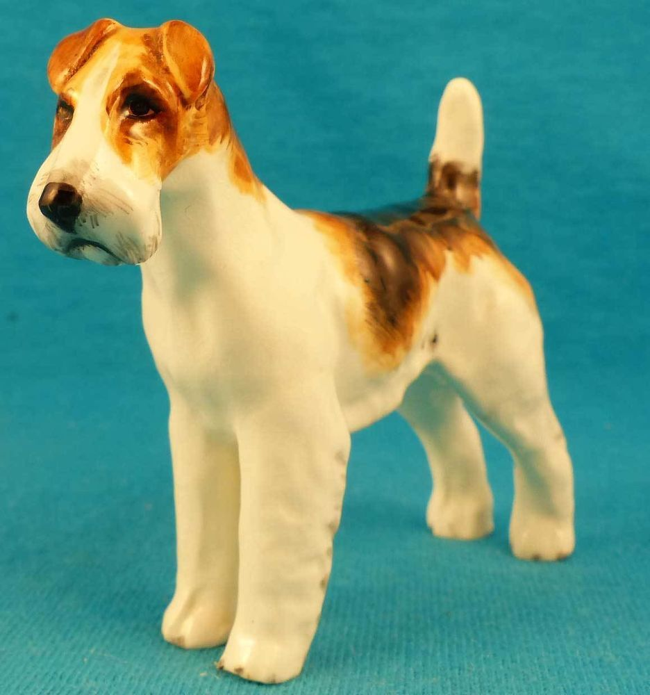 Wire Haired Fox Terrier Old 1941 Doris Lindner Royal Worcester Dog