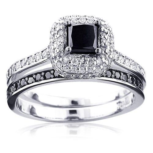 This 10k Gold Black Diamond Unique Bridal Engagement Ring Set