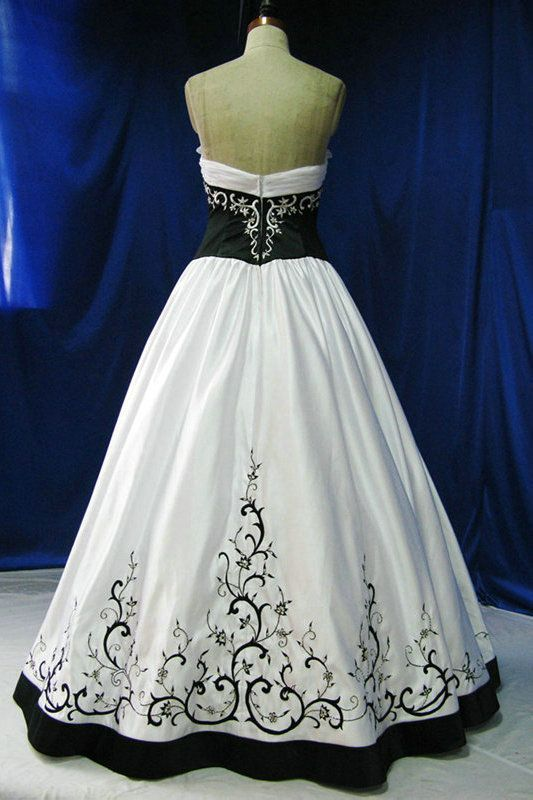 A Line Black And White Embroidery Contrast Princess Wedding Gowns ...