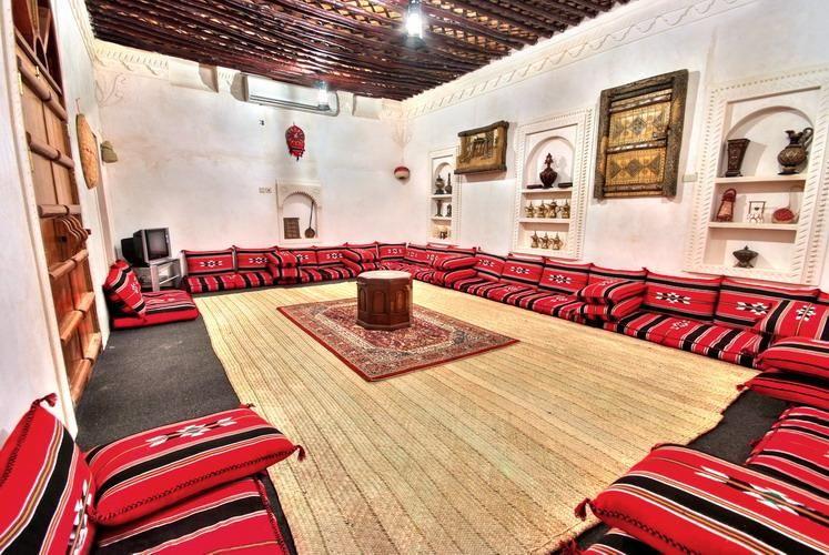 ديكورات مجالس تراثية منتديات ودي شبكة عصرية متكاملة Tv Courtyard Gardens Design Floor Seating Living Room House Styles