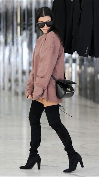 Sweater Sweater Dress Kourtney Kardashian Sunglasses Boots Thigh