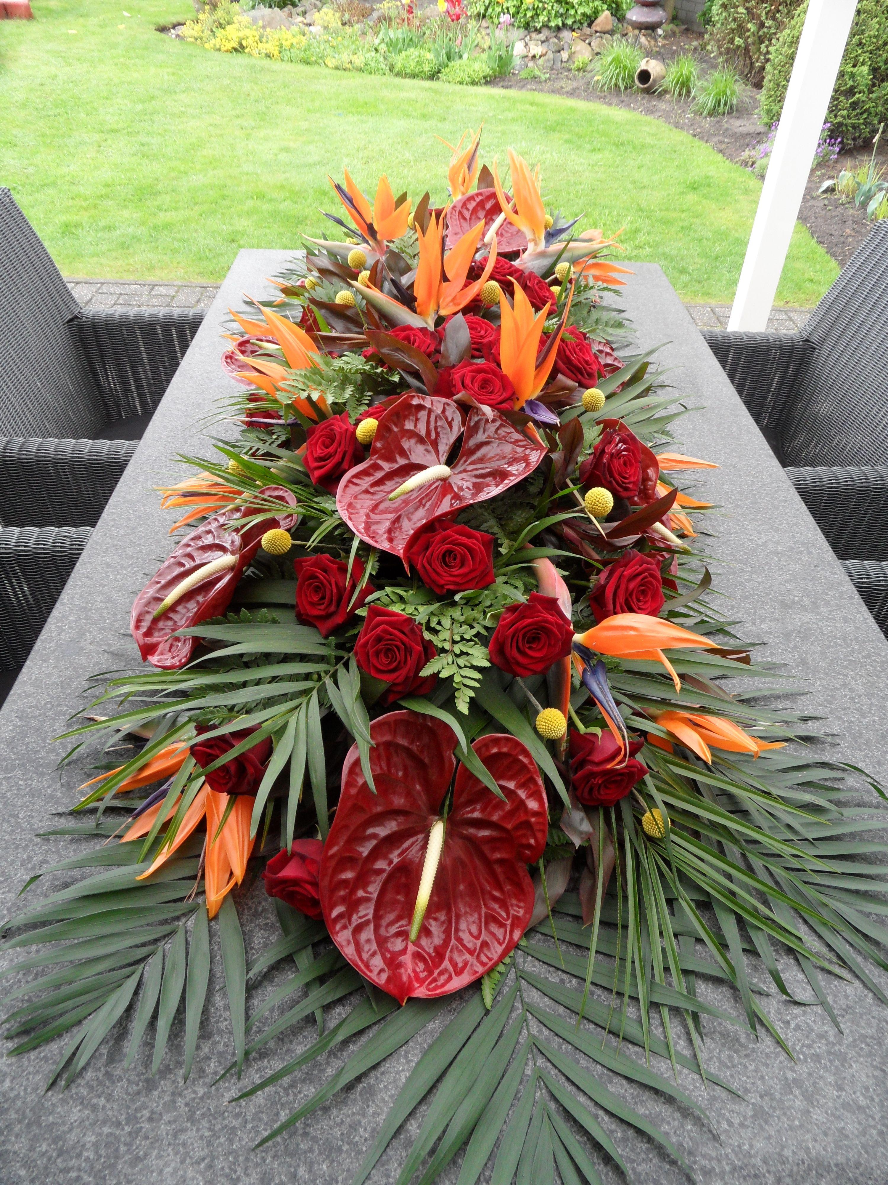 Floral design with anthurium Tropical flower arrangements