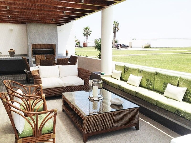 Terraza De Casa Playa Del Sol Asia Peru By Alma Arquitectura E Interiores Proyectosalma Arquitectura Interior Playa Soleada Muebles De Jardin