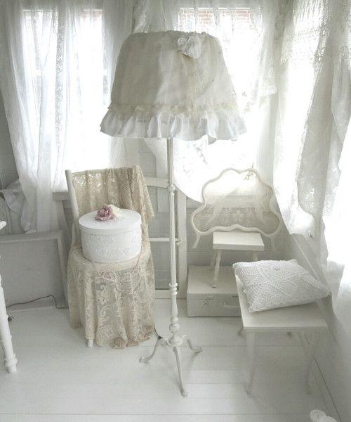 shabby chic stehlampe von weidenr schen auf diy ideas pinterest lampen. Black Bedroom Furniture Sets. Home Design Ideas