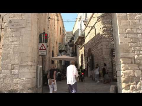 Undiscovered Italy -  Apulia, Lecce and Vieste - http://www.aptitaly.org/undiscovered-italy-apulia-lecce-and-vieste/ http://img.youtube.com/vi/85awGITA-IM/0.jpg