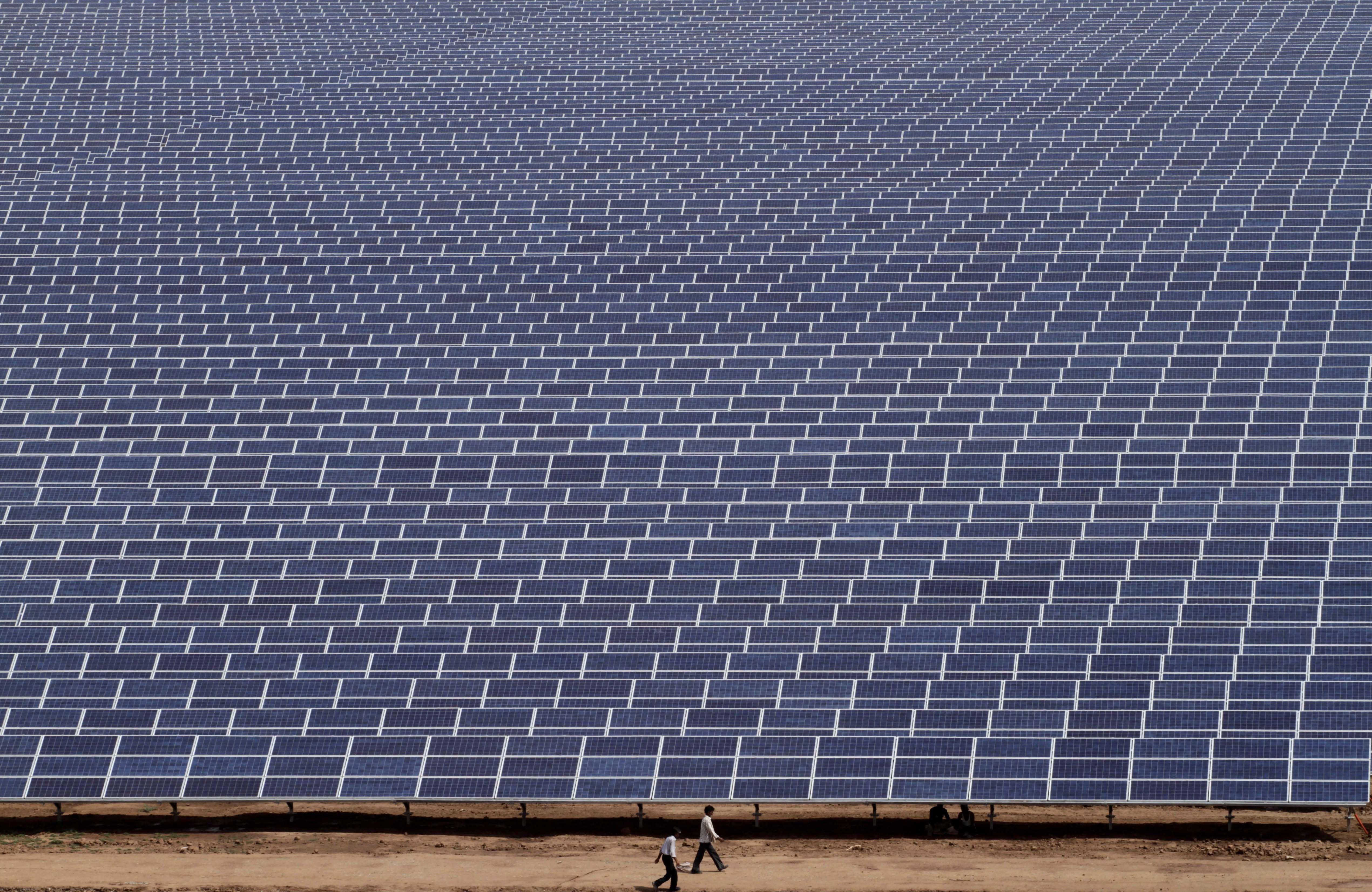 Need For Better Energy Gujarat Solar Park Gujarat India Solar Projects Solar Energy Renewable Solar