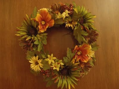 Fall wreath DYI - also makes a table topper