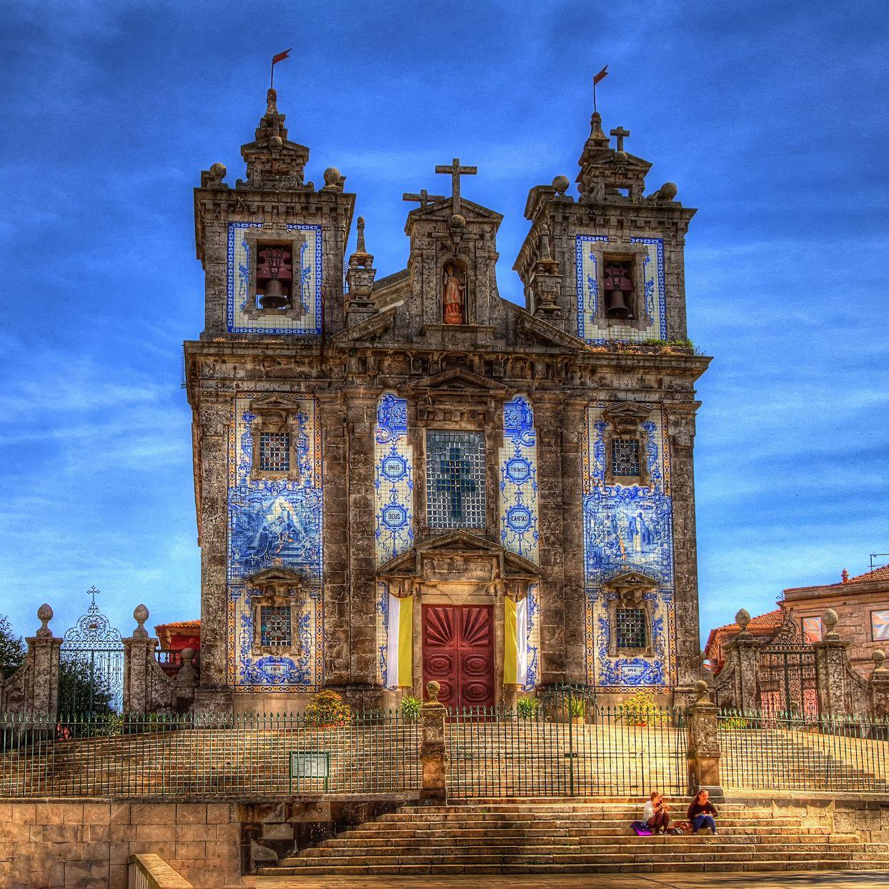 The Ambling Photographer: Santo Ildefonso Church, Porto