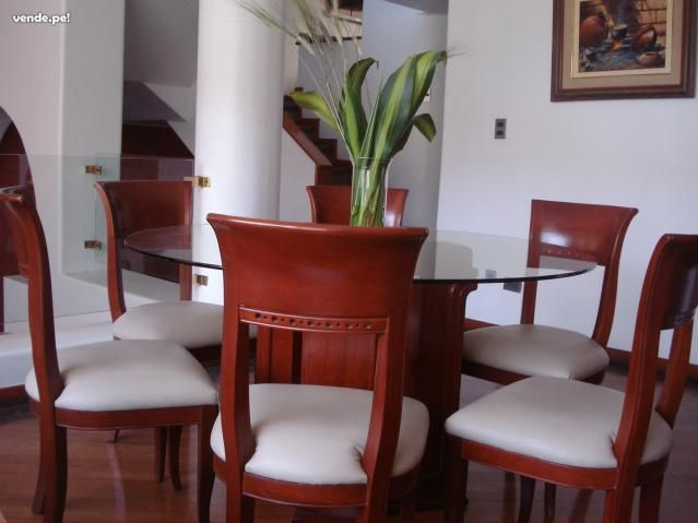 Comedor redondo de 6 sillas y vidrio home decor for Sillas para comedor redondo