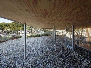 Pit House in Okayama, Japan  por Keisuke Maeda, UID architects