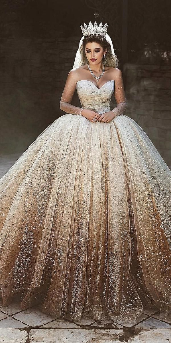 15 Gold Wedding Gowns For Bride Who Wants To Shine Gold Wedding Gowns Ball Gown Sweetheart Neck Gold Wedding Gowns Gold Wedding Dress Ball Gown Wedding Dress