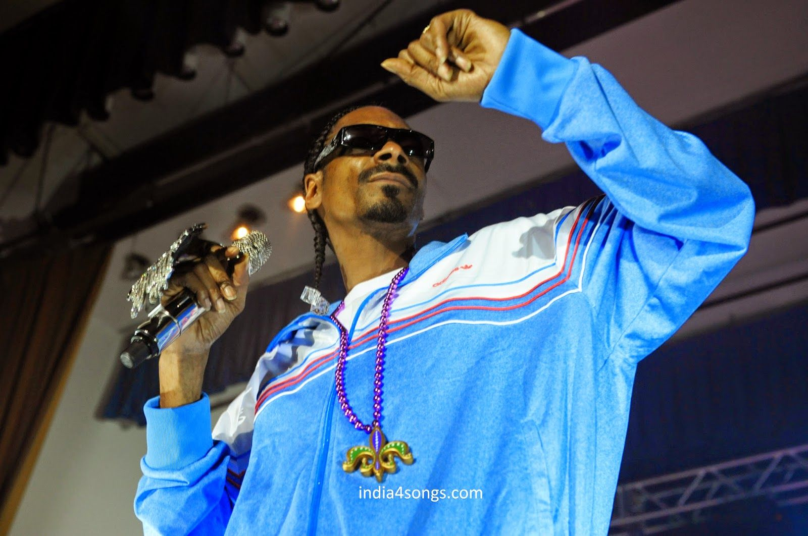 Snoopy Dog Who Let The Dogs Out Mp3 Song Download Free Songs Pk Download Latest Mp3 Songs Mp3 Songs Online Donload Mp3 Songs Snoop Dogg Dogg Nate Dogg
