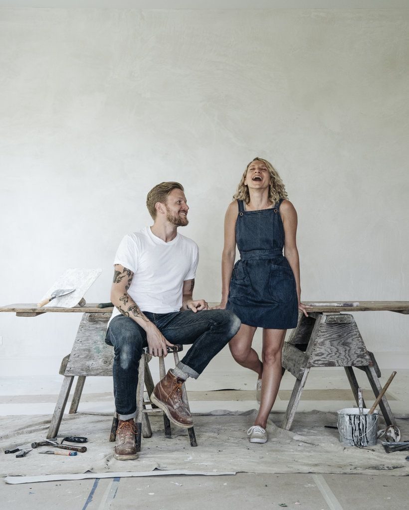 Beloved by blogs and clients, the couple behind the Jersey Ice Cream Company inhabit the spaces they transform, meticulously imprinting their modern, DIY aesthetic.