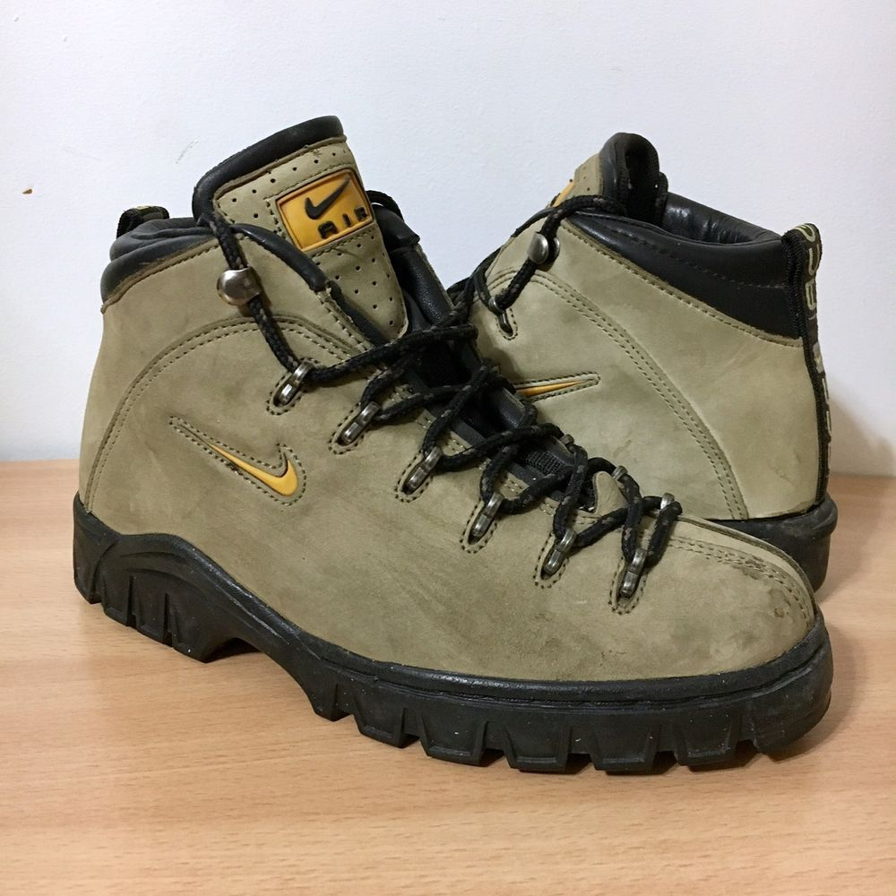 separation shoes 1ec1a 77415 Vintage 1999 Nike ACG Womens Hiking Boots Tan Leather Black Sz 7.5  148035-271 Nike boots