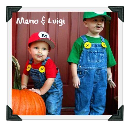 Mario And Luigi Disfraces Sencillos Para Niños Disfraces De Halloween Para Bebés Disfraces Halloween Bebes