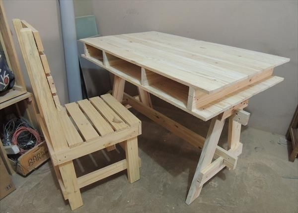 diy pallet computer and study desk ideas