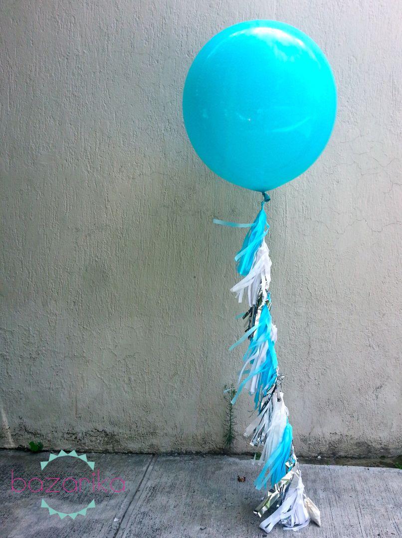 Frozen Giant Balloon