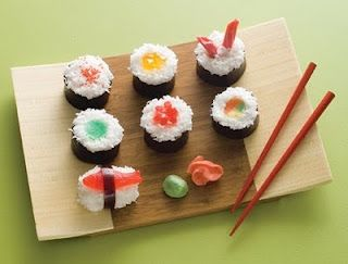 Dessert Sushi - other great ideas here too!  It looks cool, but I wonder how it tastes?? #dessertsushi