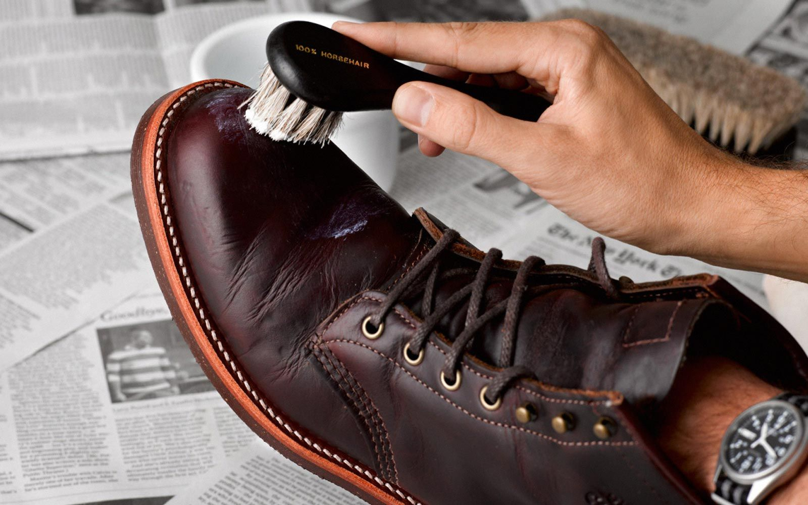 How to Shine Your Shoes the Right Way - The GentleManual ...