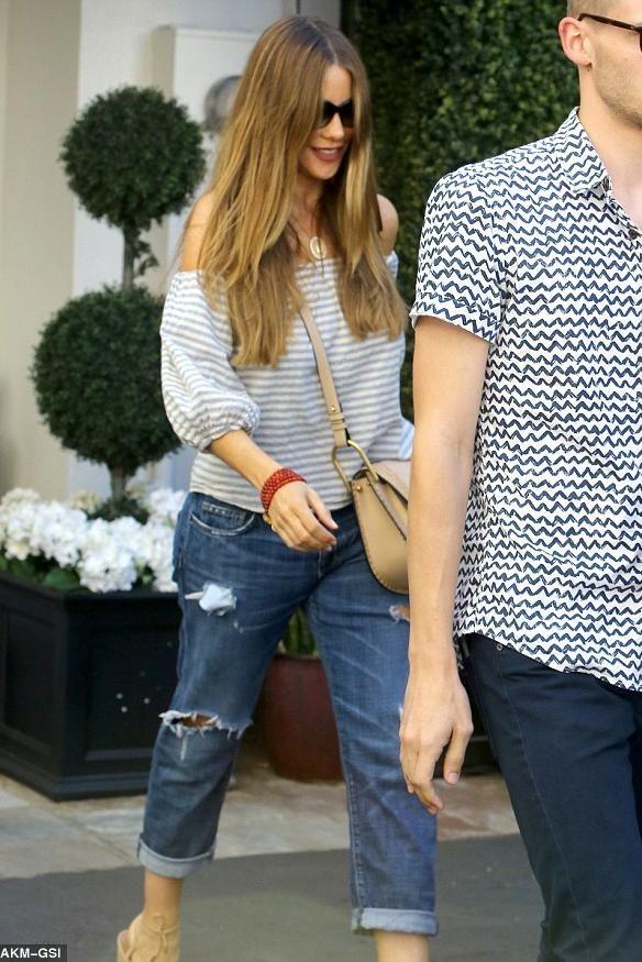 b54a78613ab Sofia Vergara Beverly Hills June 16, 2016 | celebrities fashion ...