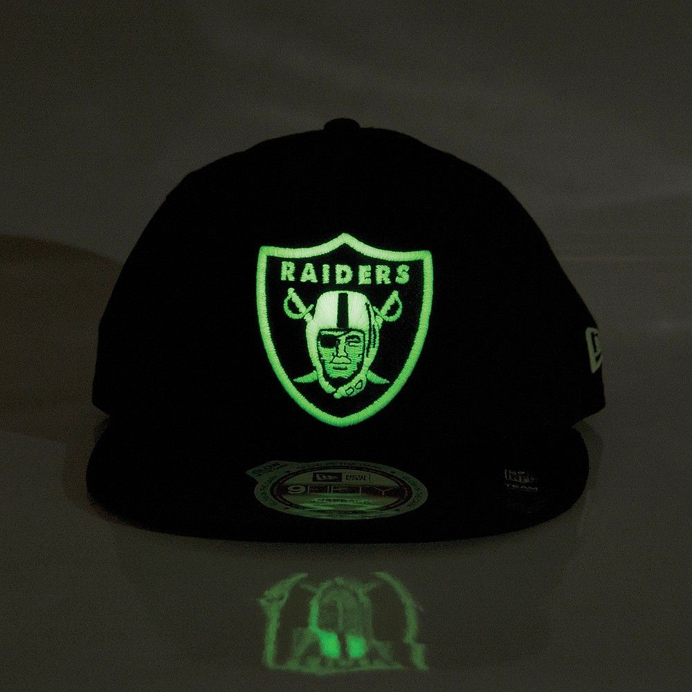 50b0eb1f301c5d New Era 'Glow In The Dark' Raiders Snapback - Black/Glow | hats n ...