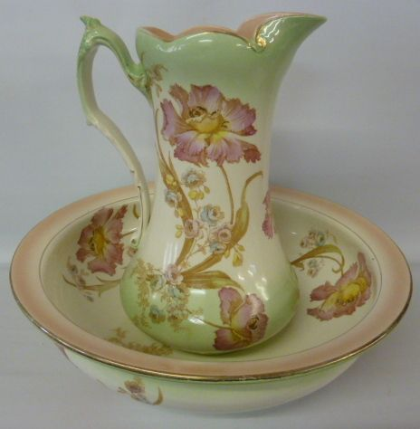 VICTORIAN STAFFORDSHIRE TOILET JUG AND BOWL SET decorated