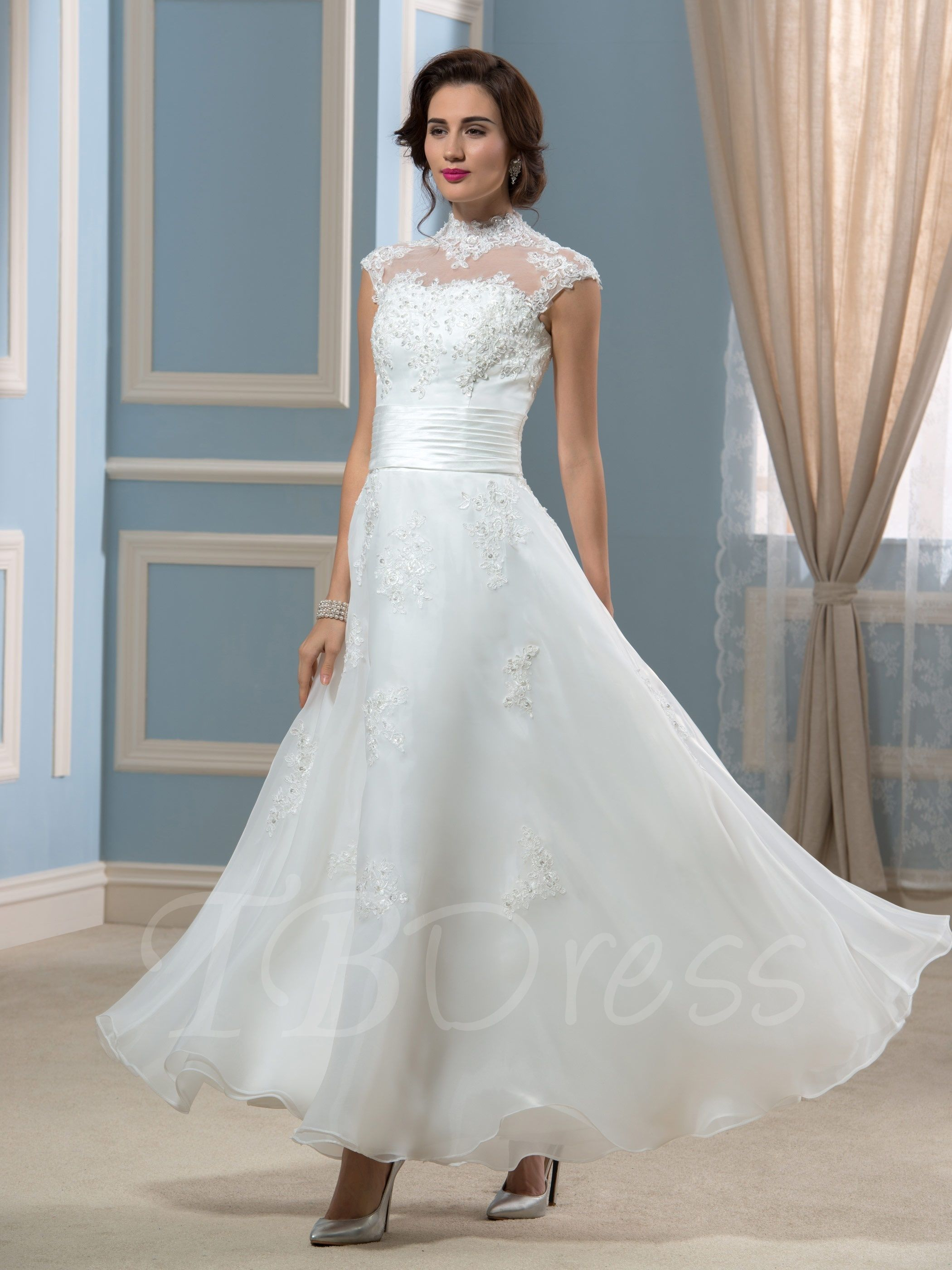 Vintage choker neck anklelength aline appliques wedding dress