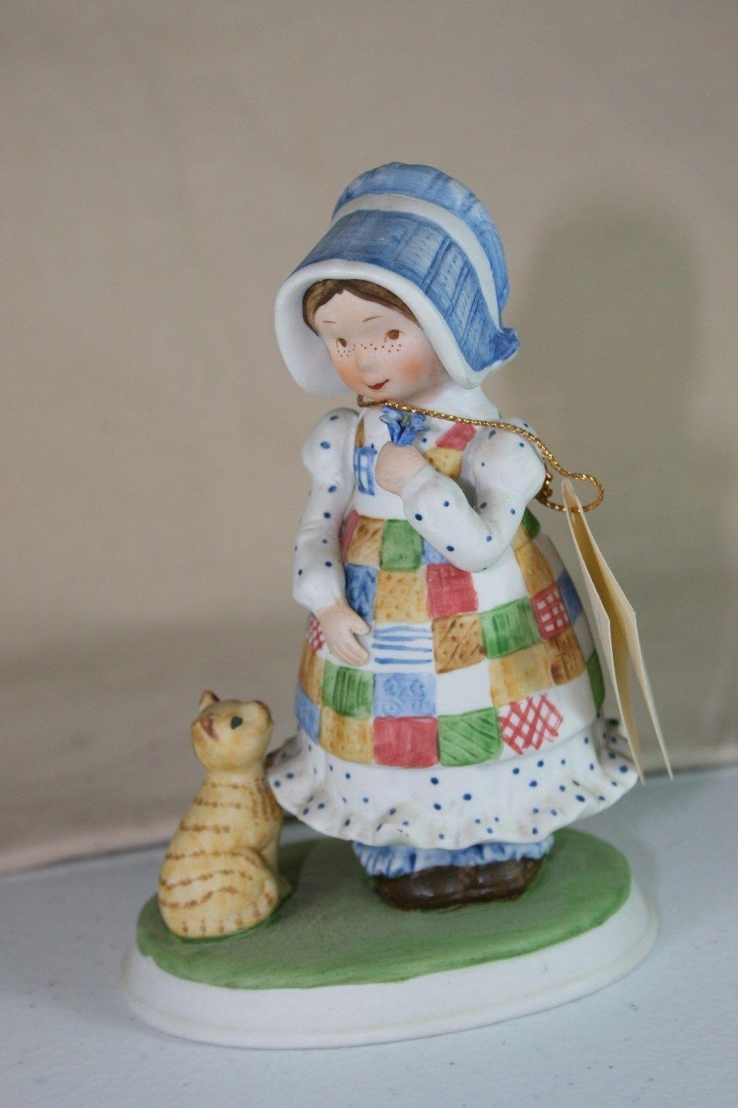 Vintage 1979 holly hobbie figurine blue girl ladies head vases vintage 1979 holly hobbie figurine blue girl reviewsmspy