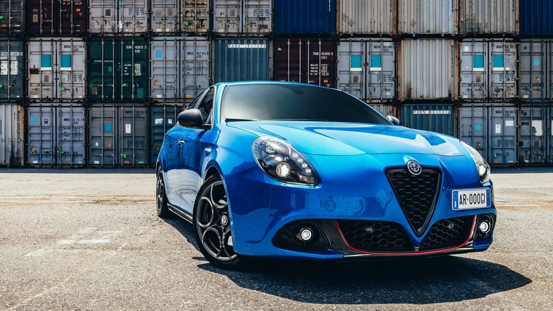 alfa romeo giulietta quadrifoglio verde hd background