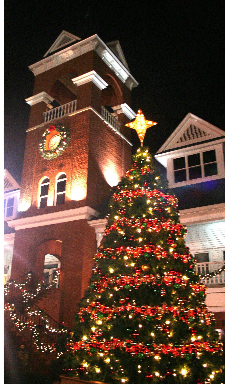 Christmas Tree Lighting and Celebration at Vinings Jubilee