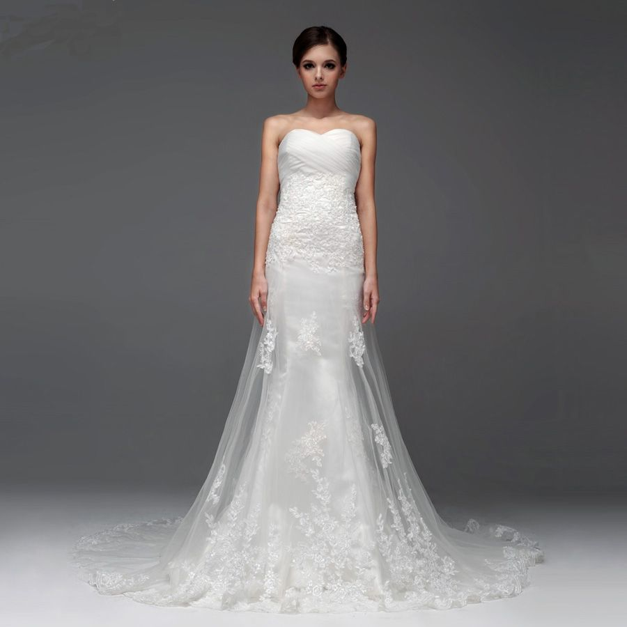 Elegant sleeveless with dropped waist wedding dress with lace veil