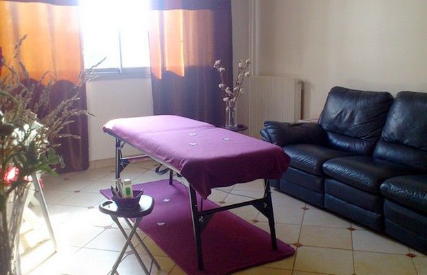BODYFLOWER / Profitez d'une pause relaxante pour dénouer toutes vos tensions, le temps d'un massage unique au centre de bien-être BodyFlower de Paris.